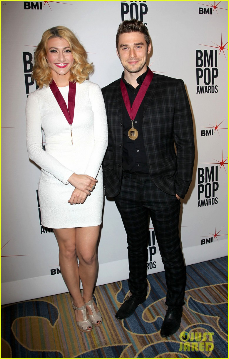 adam levine karmin 2013 bmi pop awards 192870678