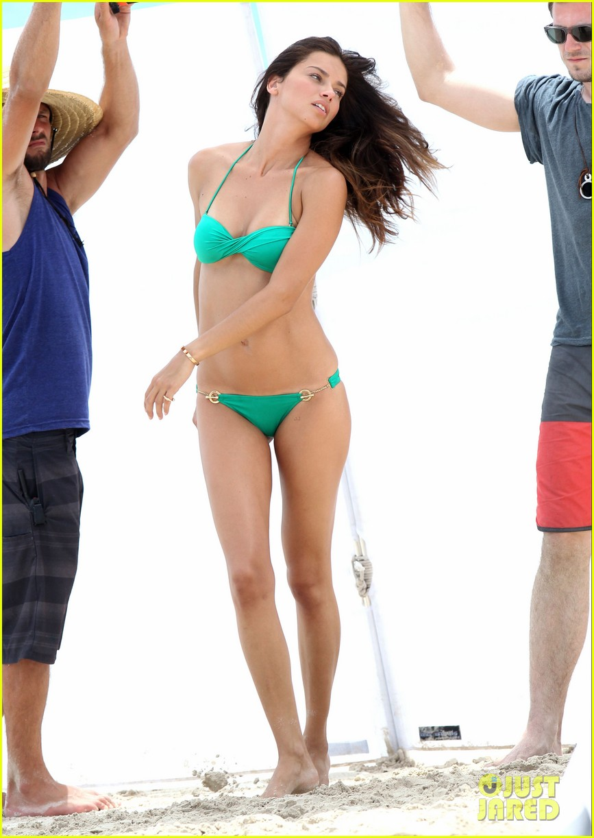 adriana lima bikini victorias secret photo shoot 23