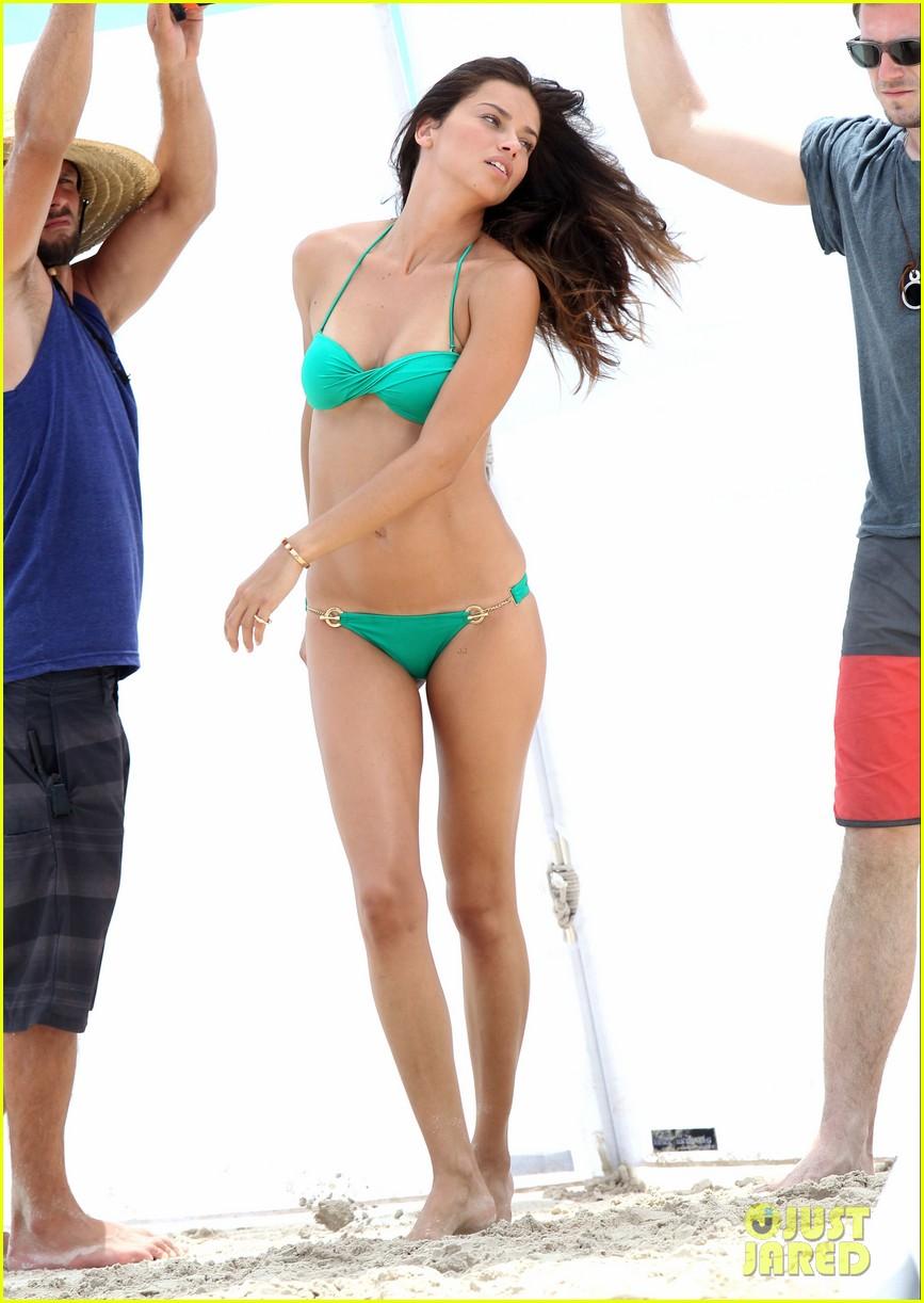 adriana lima bikini victorias secret photo shoot 23