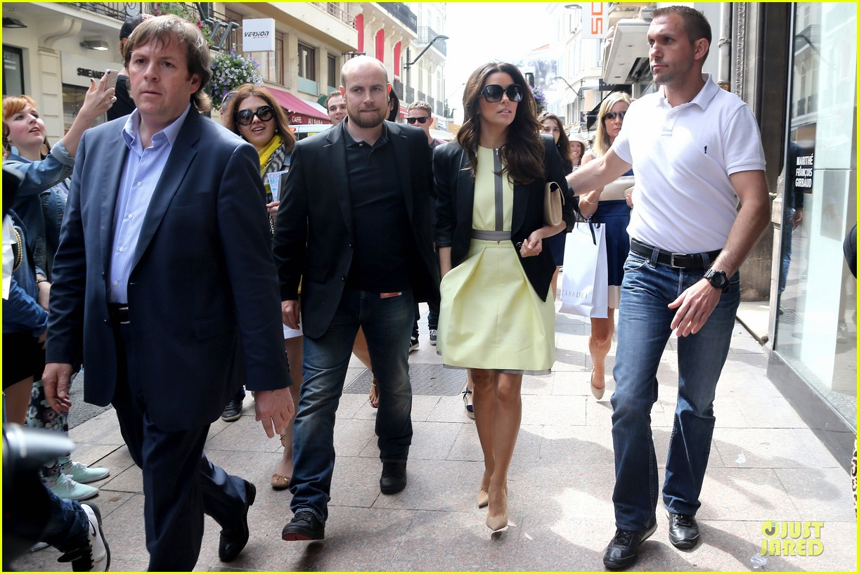 eva longoria cannes global gift gala 142874295