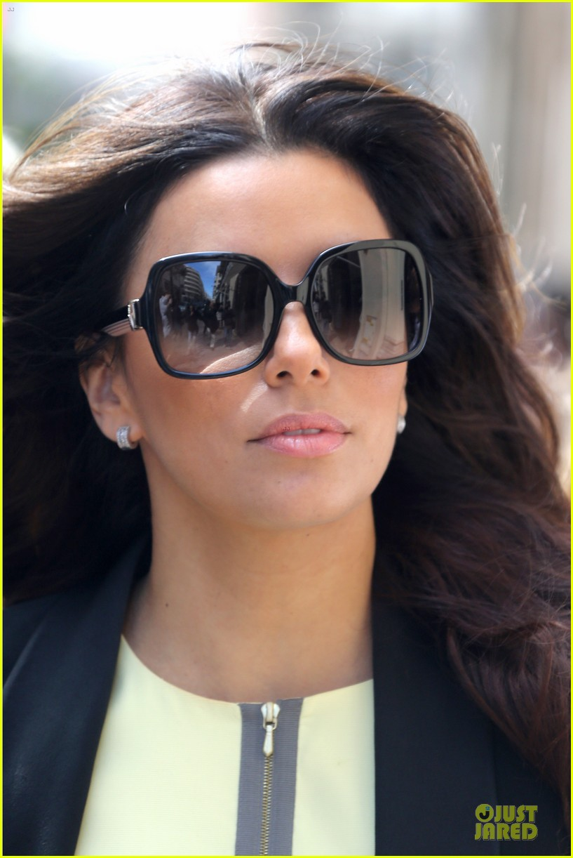 eva longoria cannes global gift gala 18