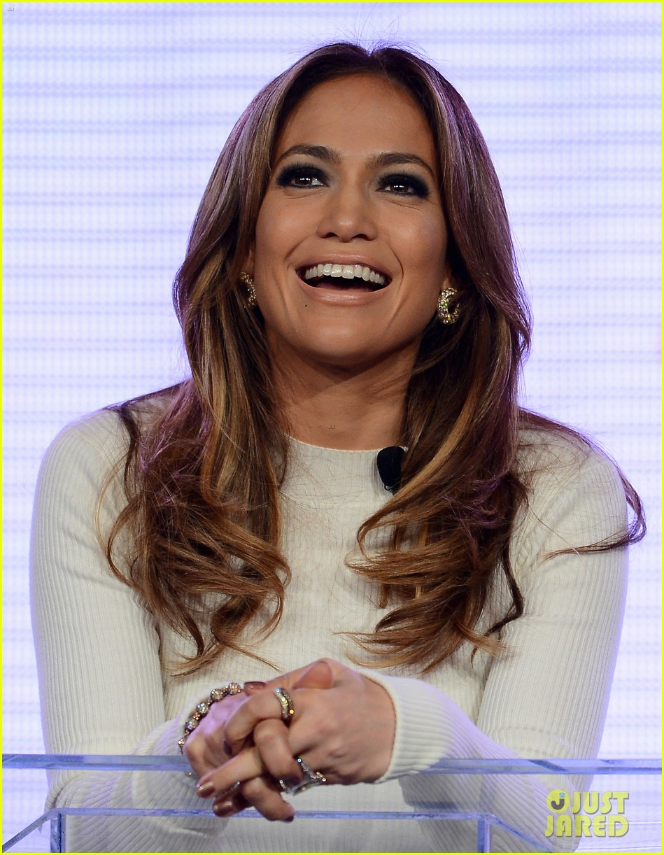 jennifer lopez verizon viva movil press conference 022876327