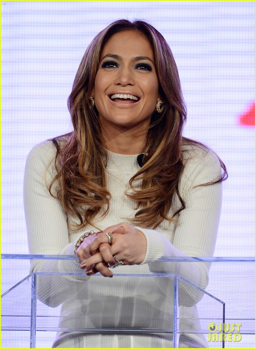 jennifer lopez verizon viva movil press conference 11