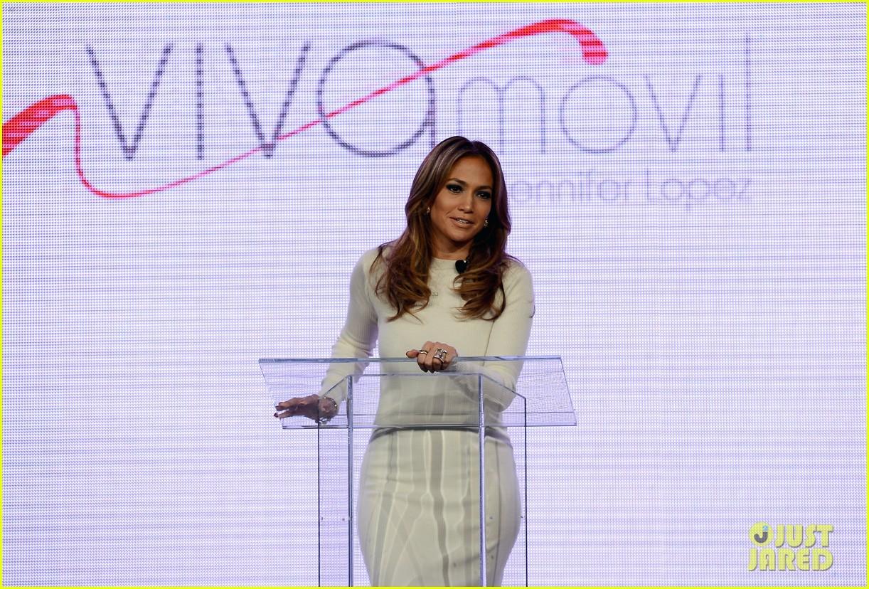jennifer lopez verizon viva movil press conference 122876337
