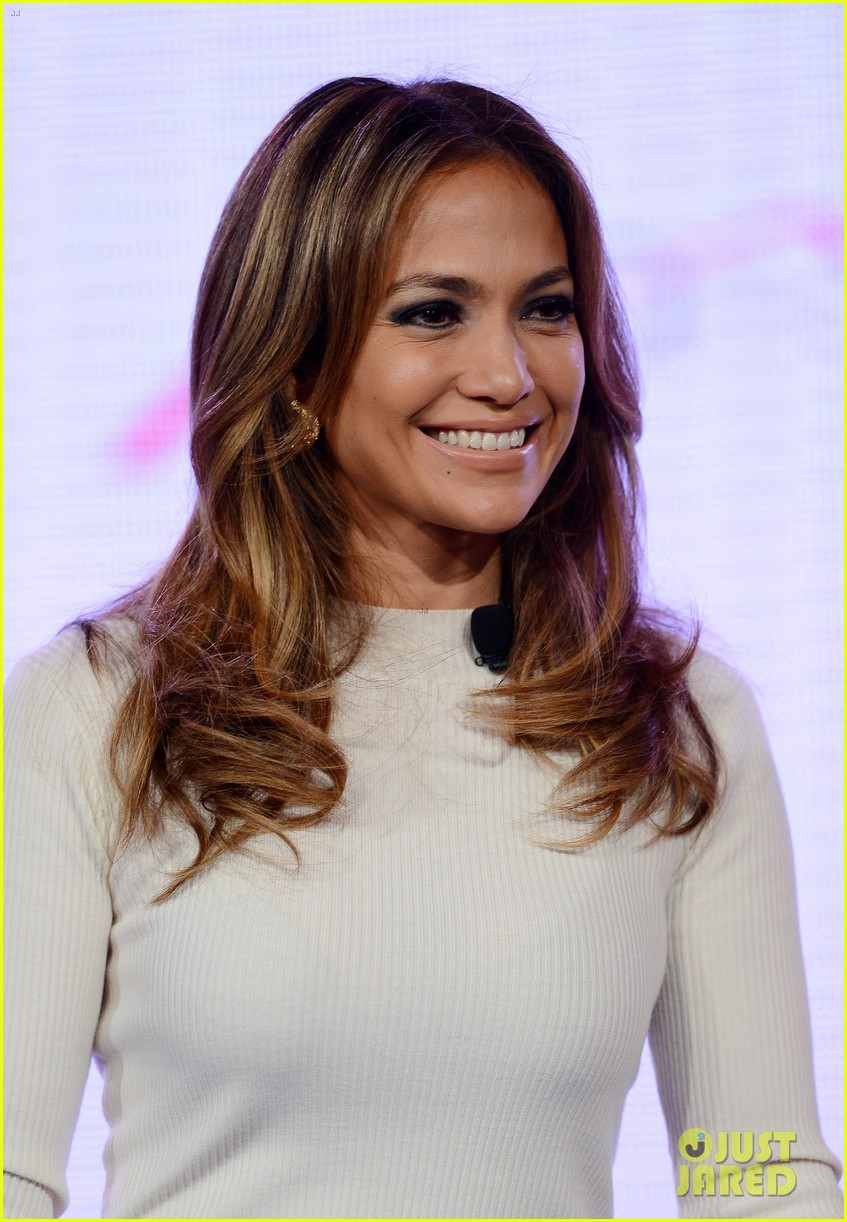 jennifer lopez verizon viva movil press conference 152876340