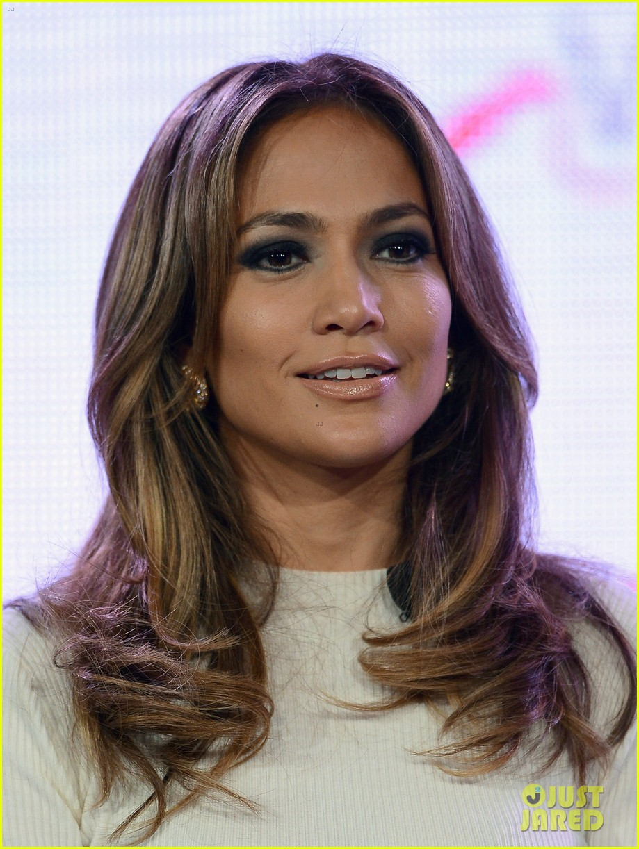 jennifer lopez verizon viva movil press conference 18