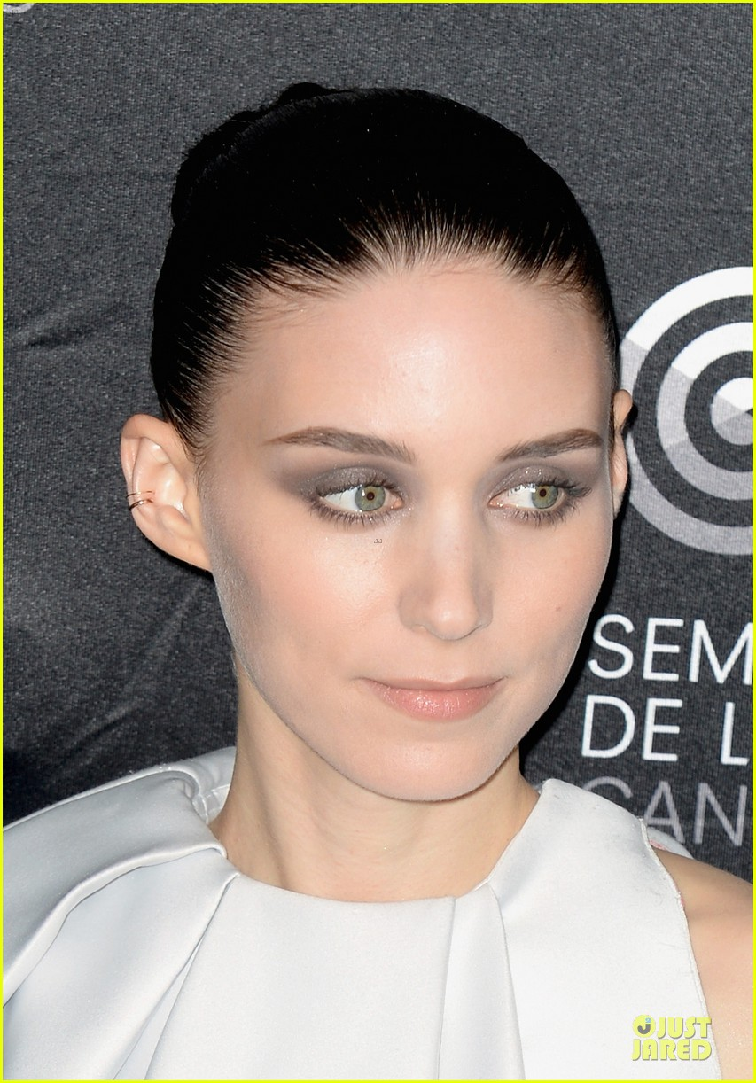 rooney mara aint them bodies saints cannes photo call 14