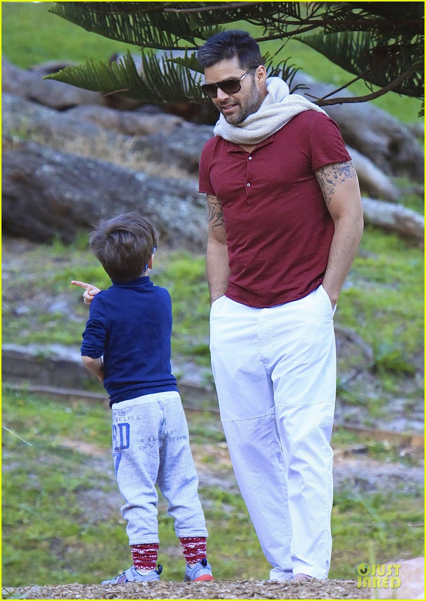 ricky martin bronte park with the twins 262875143