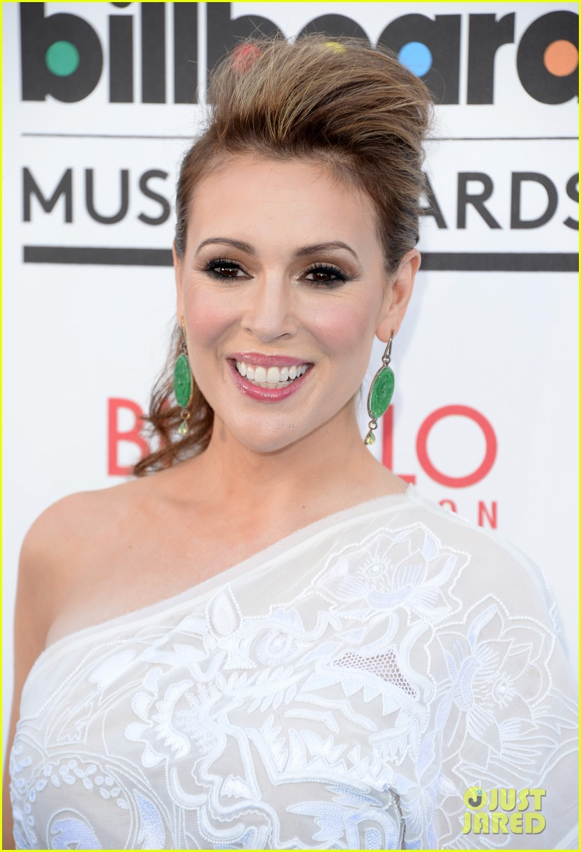 jenny mccarthy alyssa milano billboard music awards 2013 red carpet 082874136