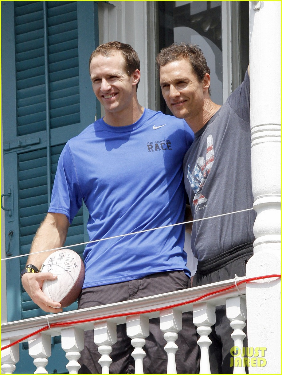 matthew mcconaughey amazing race event with drew brees 292873163
