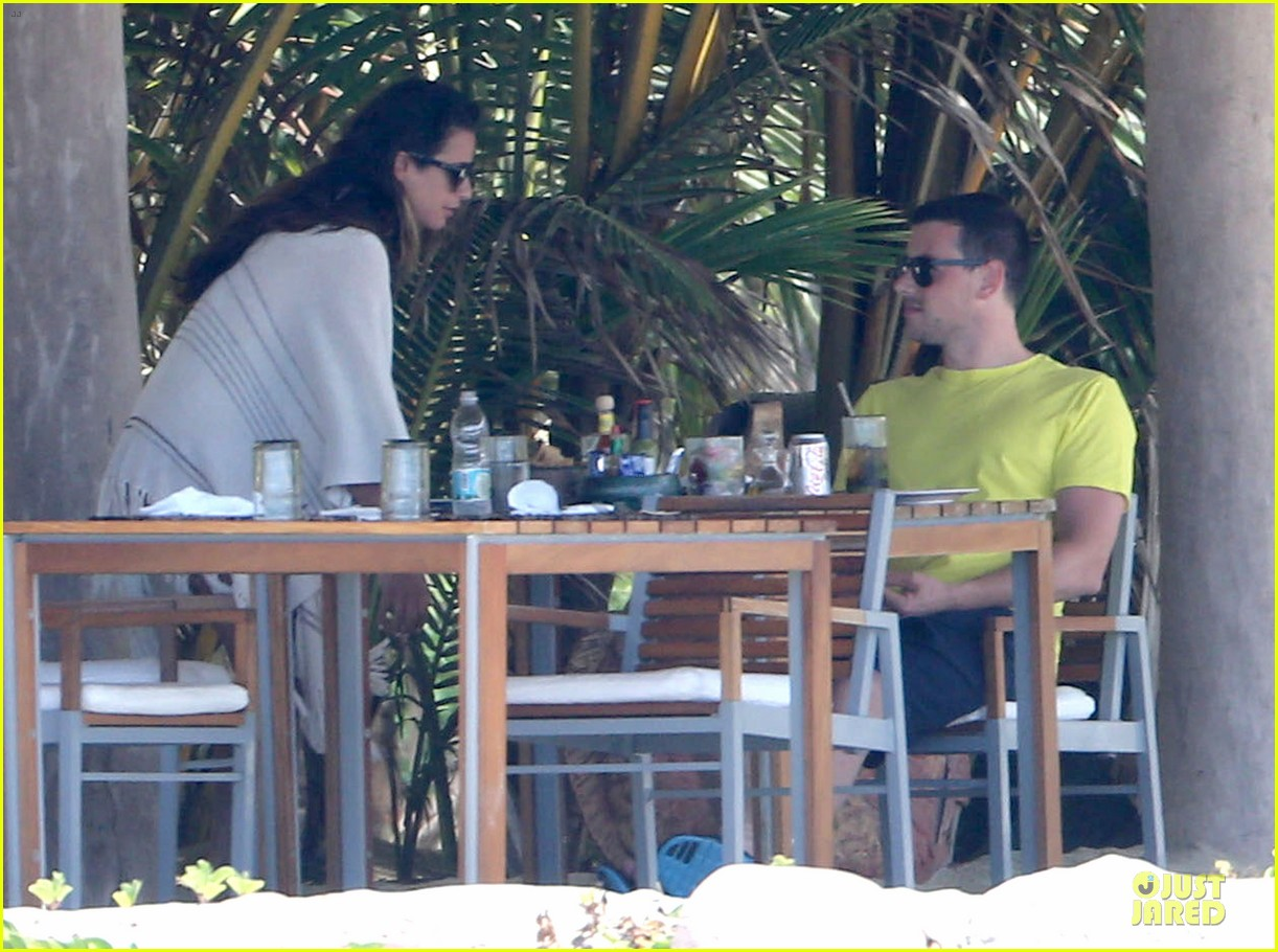 lea michele cory monteith beach lunch in mexico 17