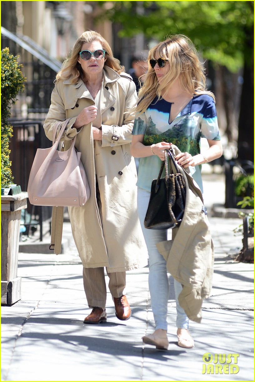 sienna miller lunches with mom tom sturridge is a tony nom 172862159