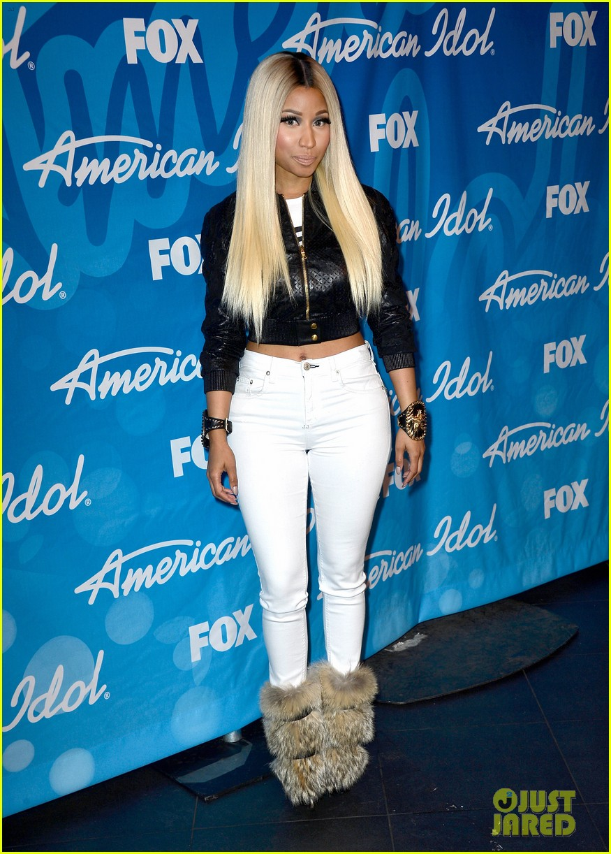 nicki minaj american idol finale press room photos 08