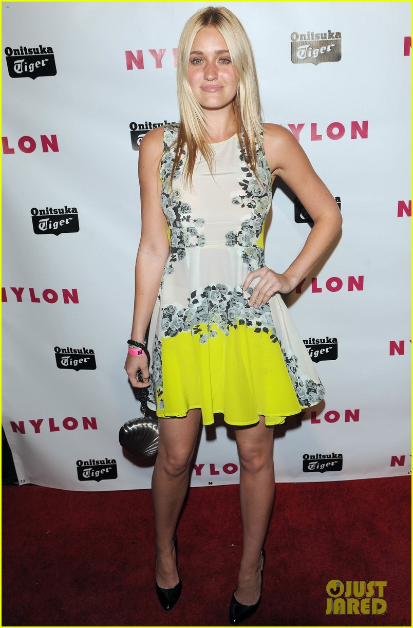 chloe moretz nylon young hollywood party 12