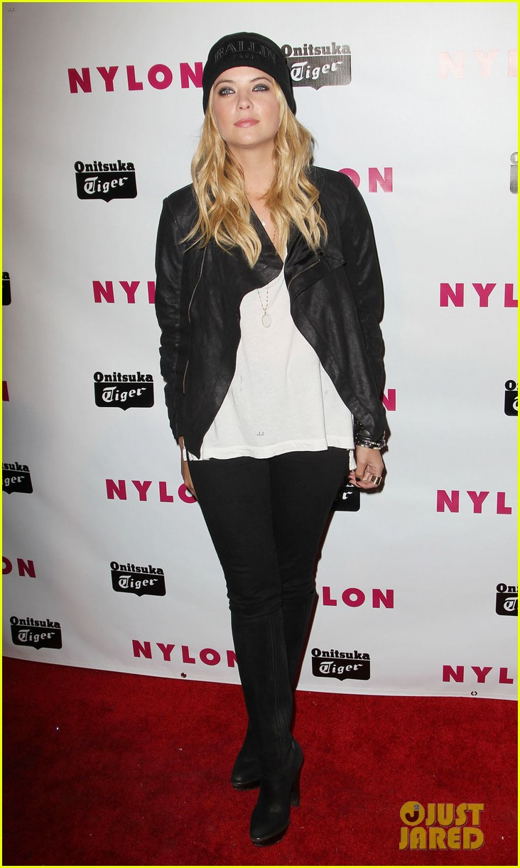 chloe moretz nylon young hollywood party 16