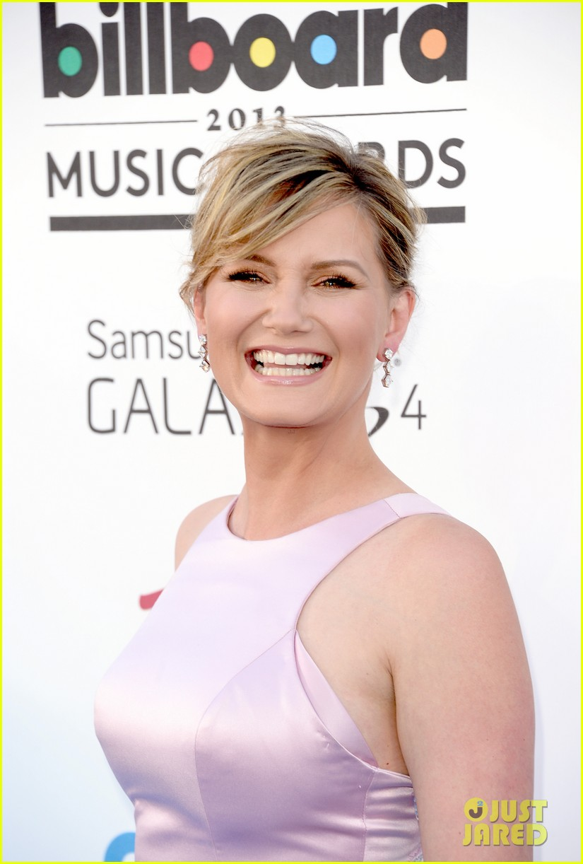 jennifer nettles billboard music awards 2013 red carpet 112873984