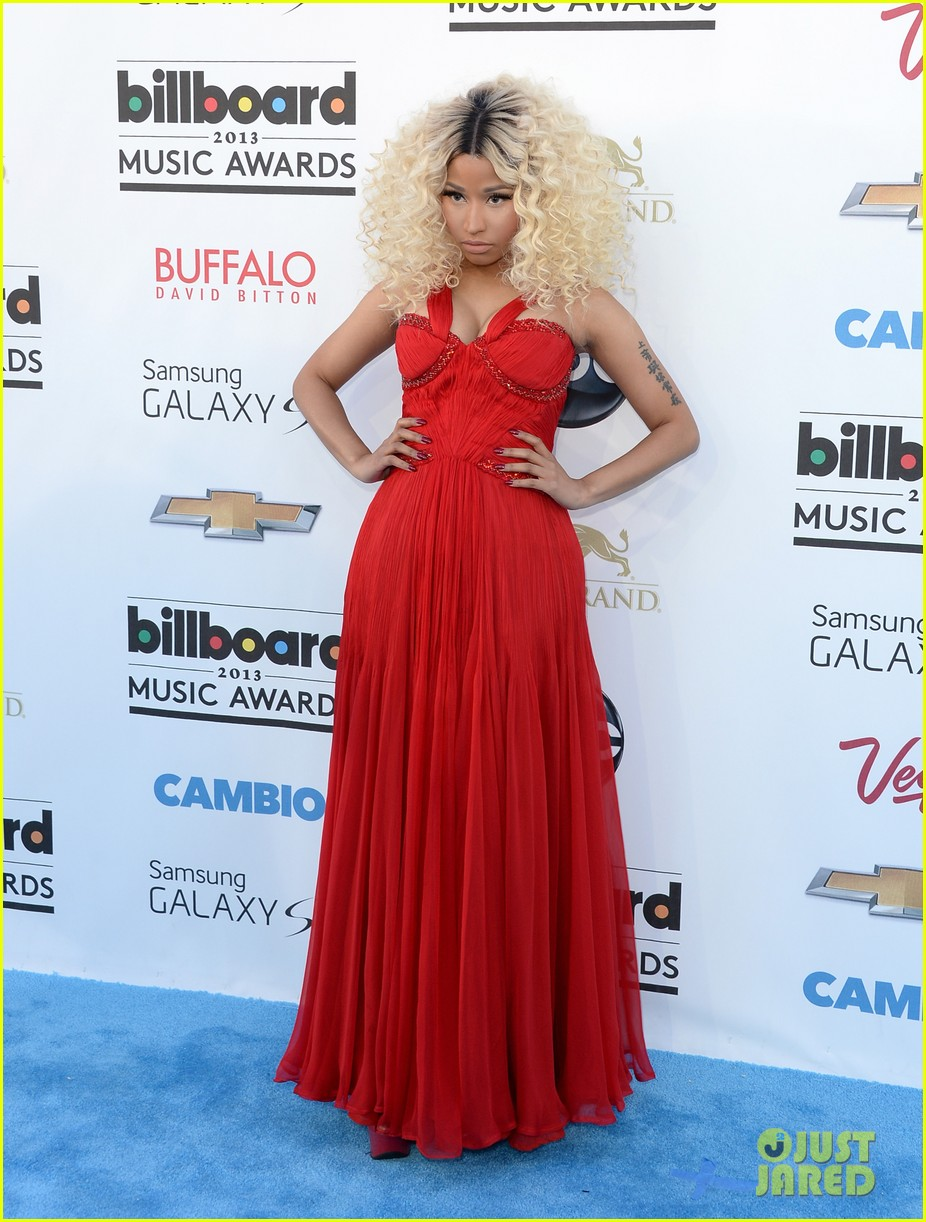 nicki minaj billboard music awards 2013 red carpet 012874012
