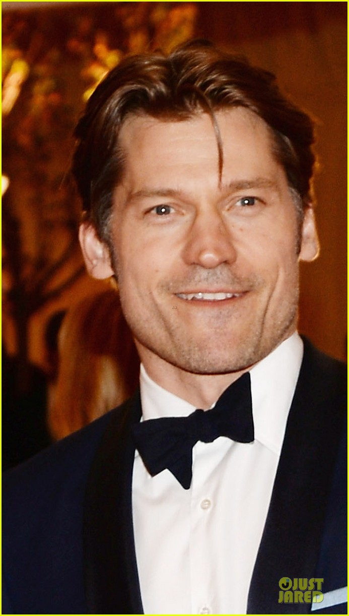 nikolaj coster waldau met ball 2013 red carpet 04