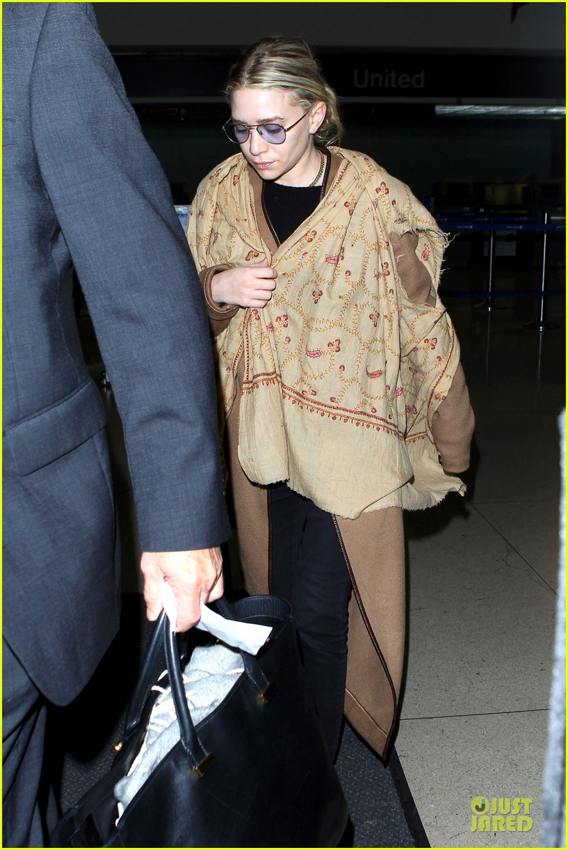 ashley olsen shopping trip after lax arrival 20