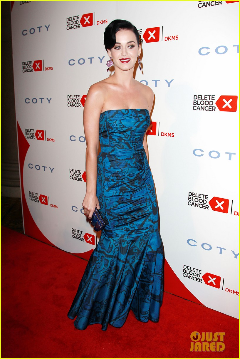 katy perry delete cancer gala kinky boots visit 17