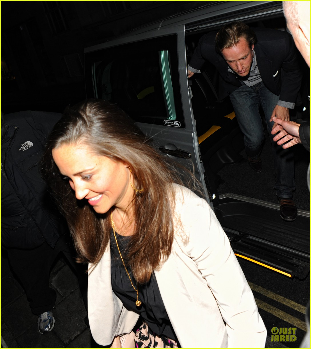 pippa kate middleton nice cool college classmates 07