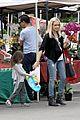 sarah michelle gellar farmers market rides with charlotte 15