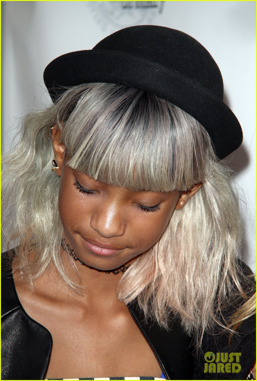 willow smith white hair on red carpet with mom jada 192867644