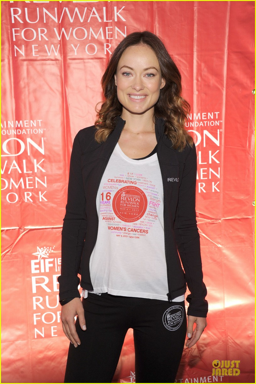 emma stone olivia wilde eif revlon run walk for women hosts 102863438