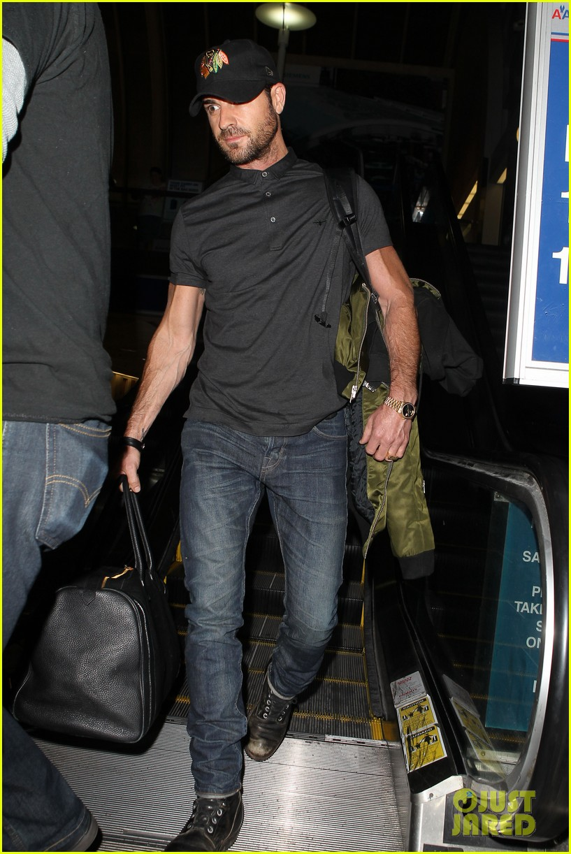 justin theroux from new york to lax 03