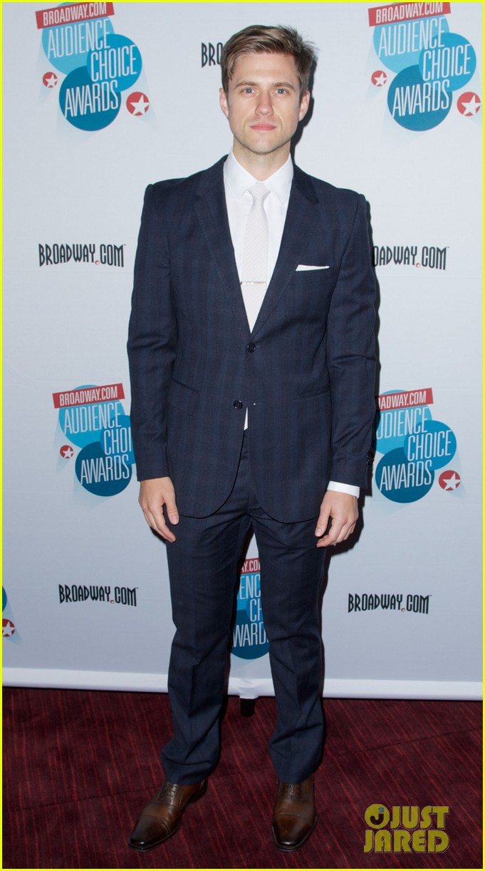 aaron tveit matthew morrison broadwaycom audience award 102864896