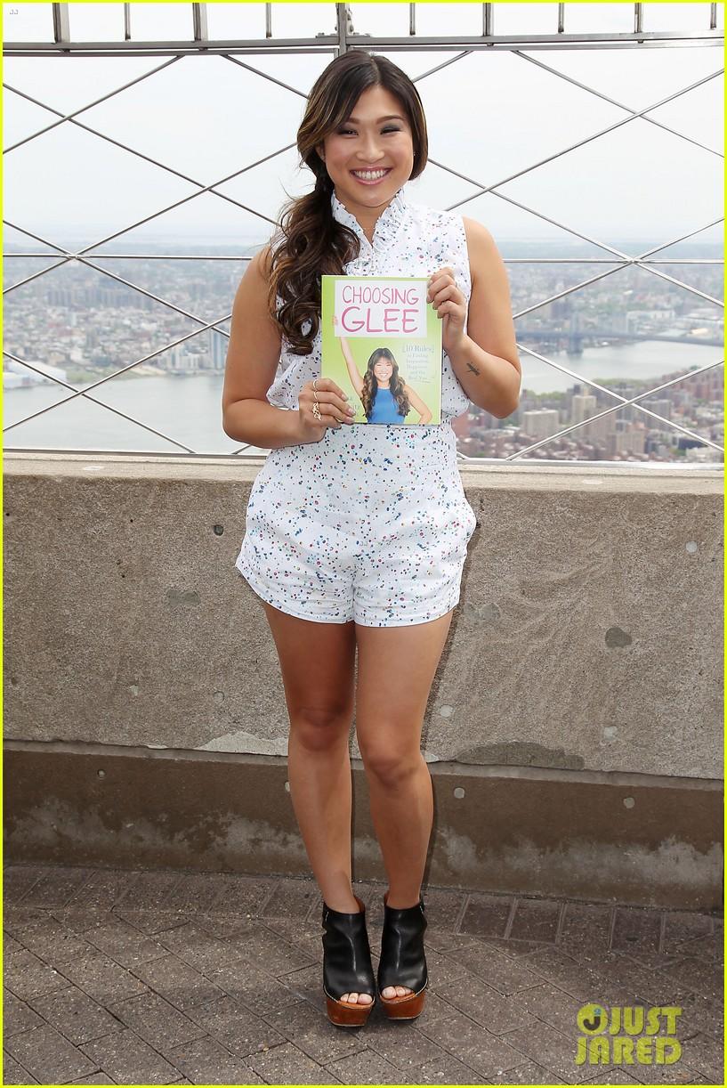jenna ushkowitz celebrates book launch in new york 01