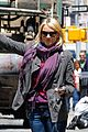 naomi watts big apple cab hailing 02