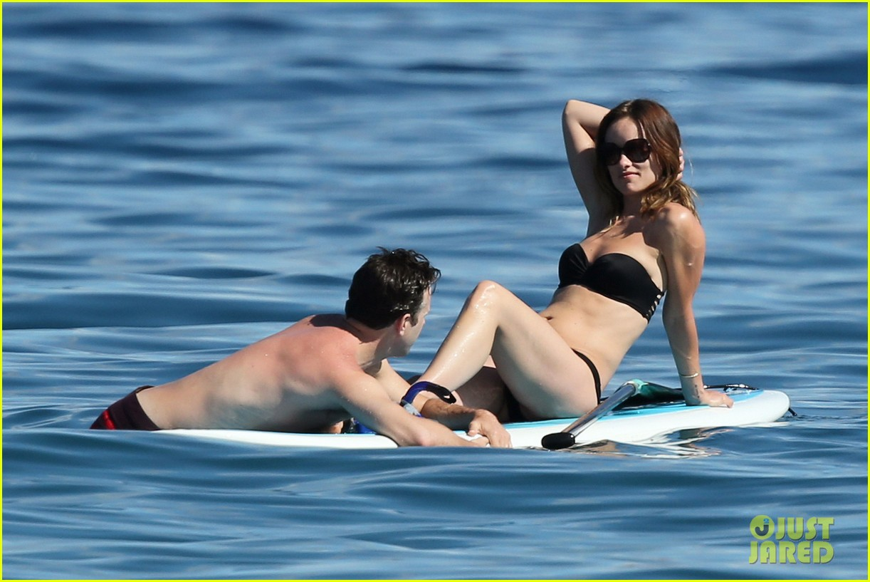 olivia wilde bikini vacation with shirtless jason sudeikis continues 05
