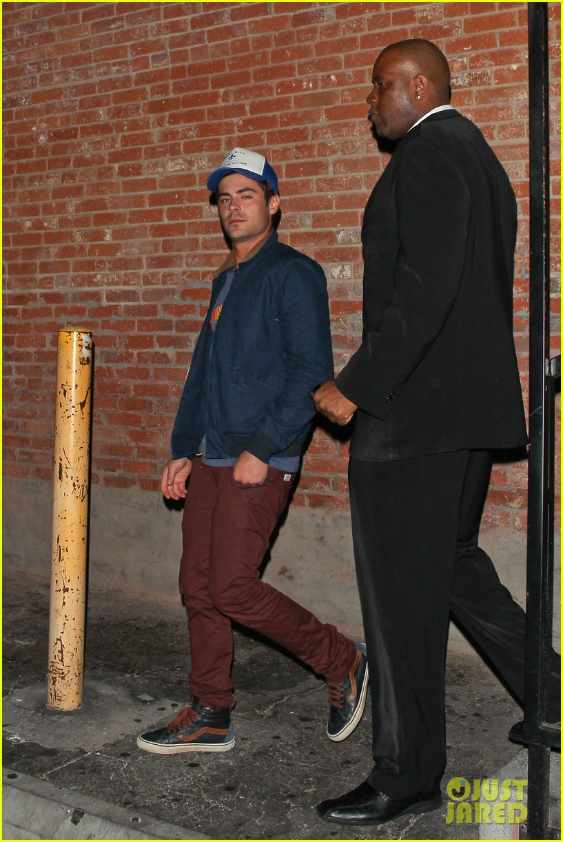 zac efron arrives at townies wrap party 15