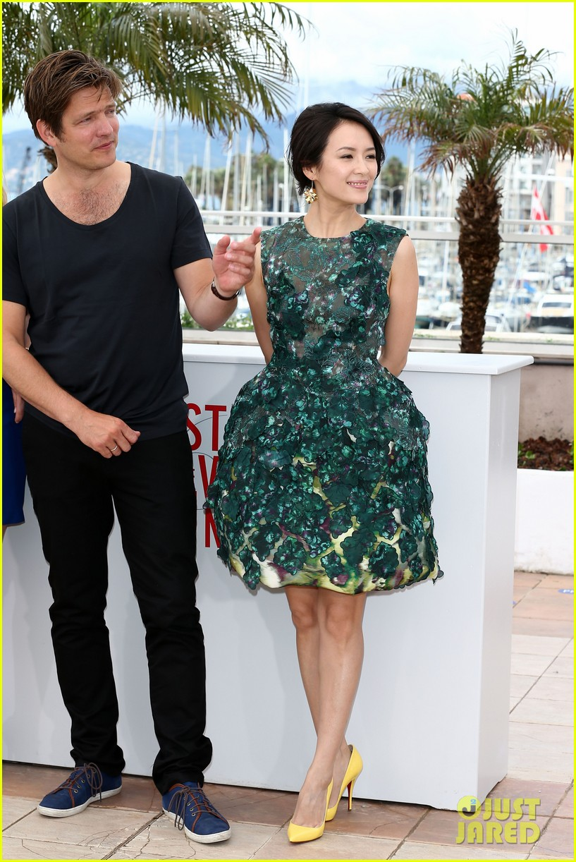 ziyi zhang glams up cannes film festival 03