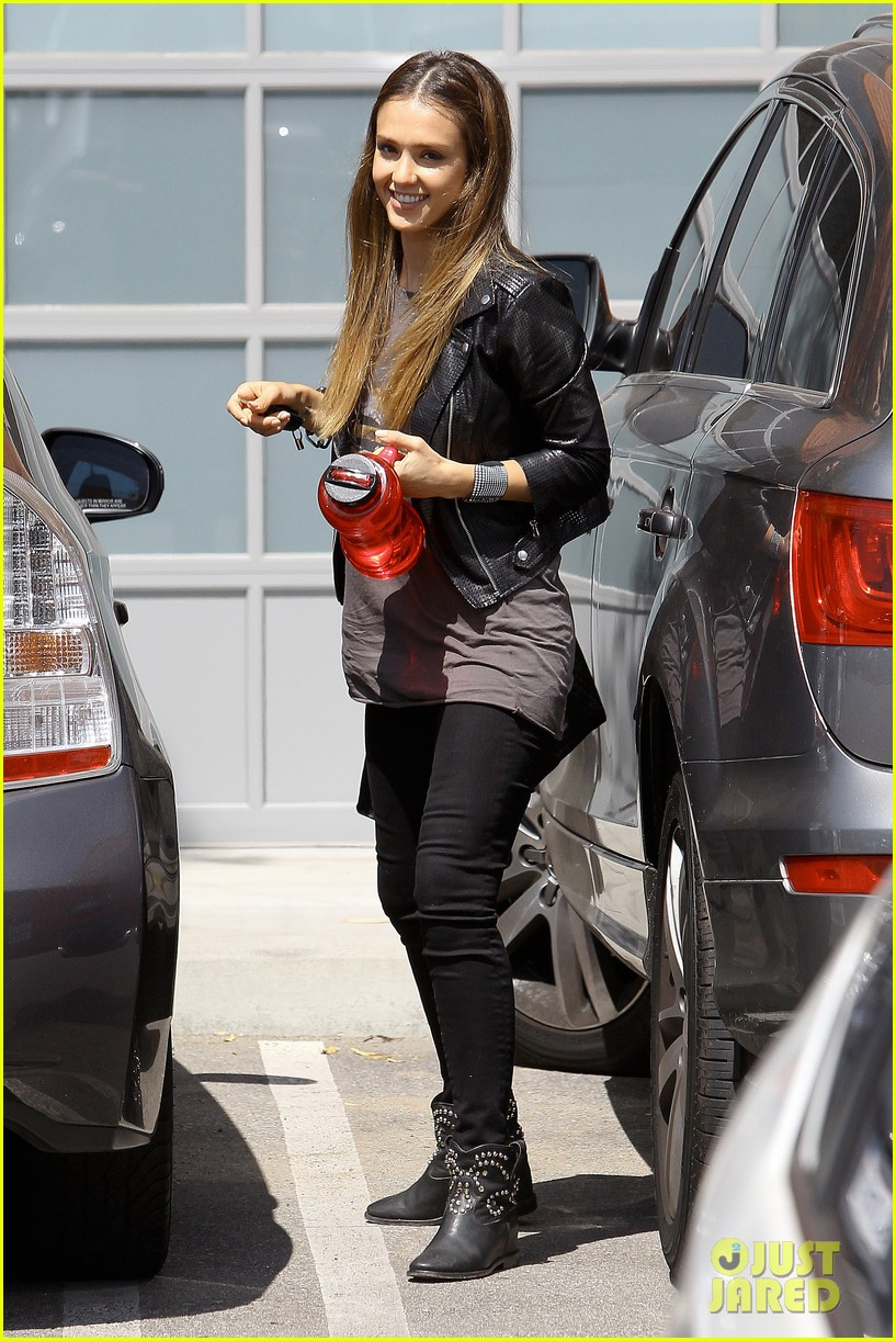 jessica alba biker chic before girls night out 10