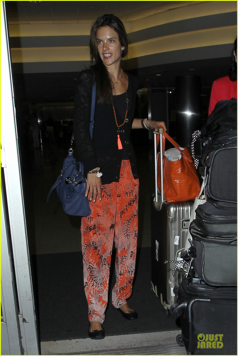 alessandra ambrosio lax arrival after secret project in nyc 13