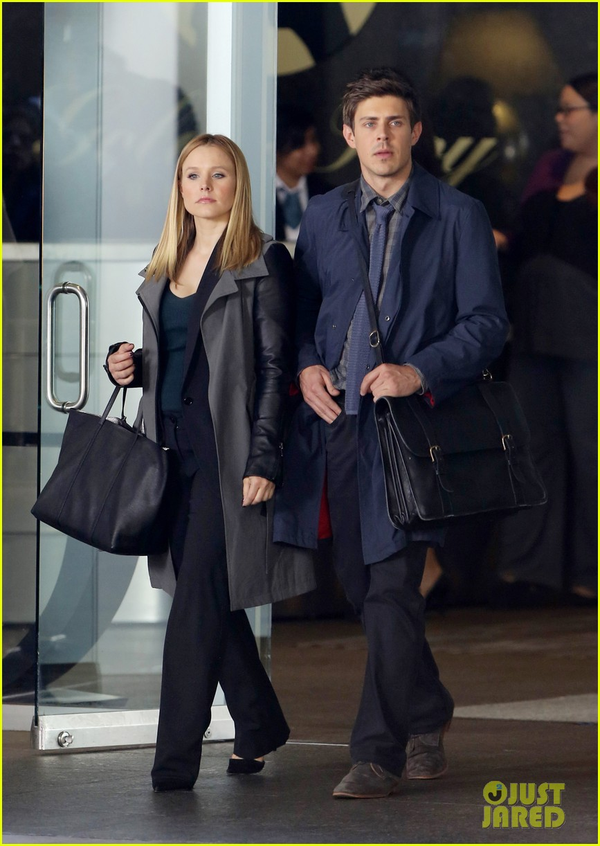 kristen bell propses to dax sherpard after doma ruling 132899372