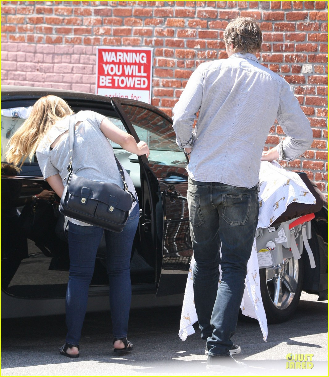 kristen bell dax shepard first fathers day sushi outing 052893026