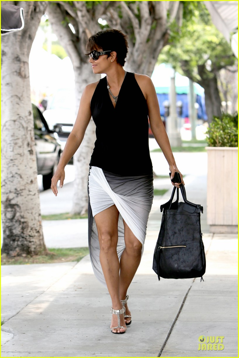 halle berry twisted legs at fig olive 032901358
