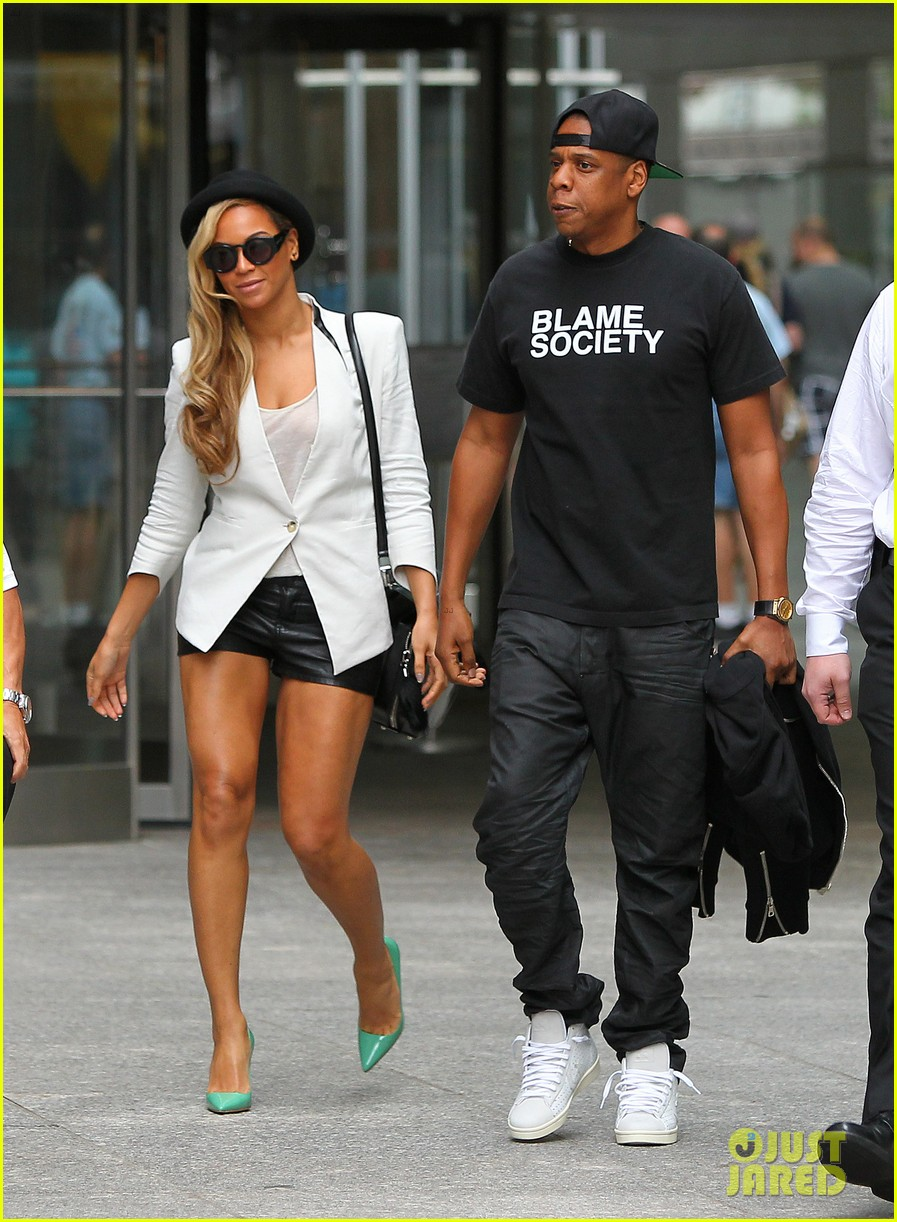 is beyonce dating jay z If you've ever wondered what queen b's love life looked like before she hooked up with her husband jay z, you may be surprised when you find out we will also reveal the women mr carter was dating before he put the ring on beyonce's finger, so a number of interesting discoveries about the famous couple's past are guaranteed.