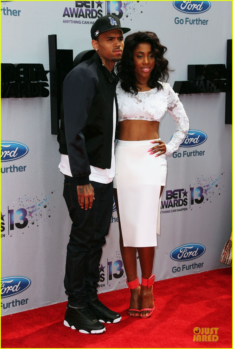 chris brown bet awards 2013 red carpet 03