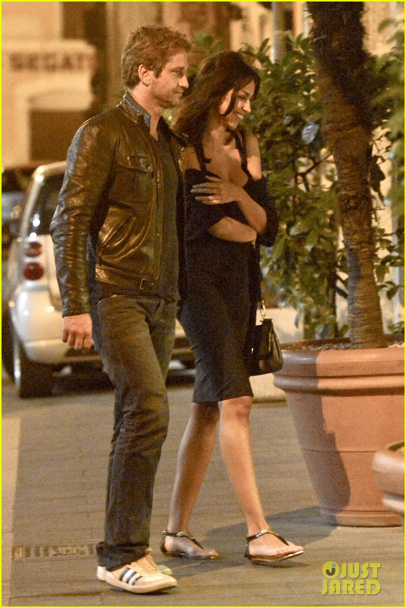 gerard butler rome night out with madalena ghenea 03
