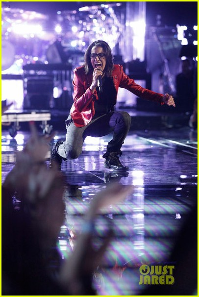 michelle chamuel the voice finale performances video 03