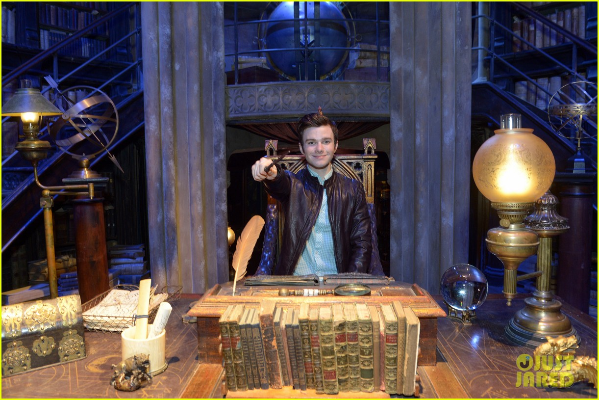 chris colfer harry potter studio tour in london 212895108