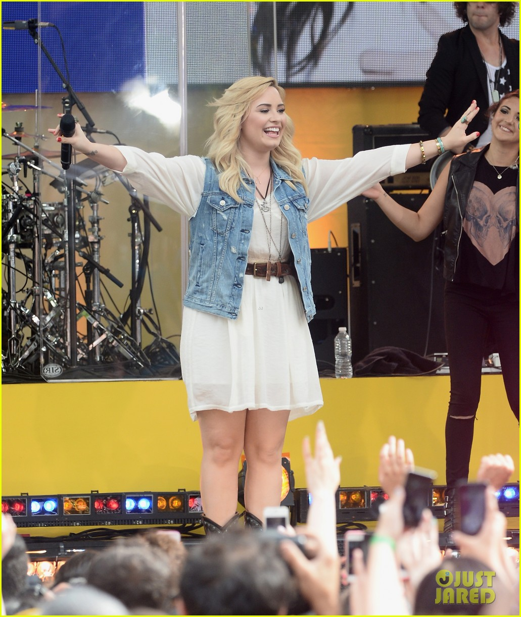 demi lovato good morning america summer concert performer 10