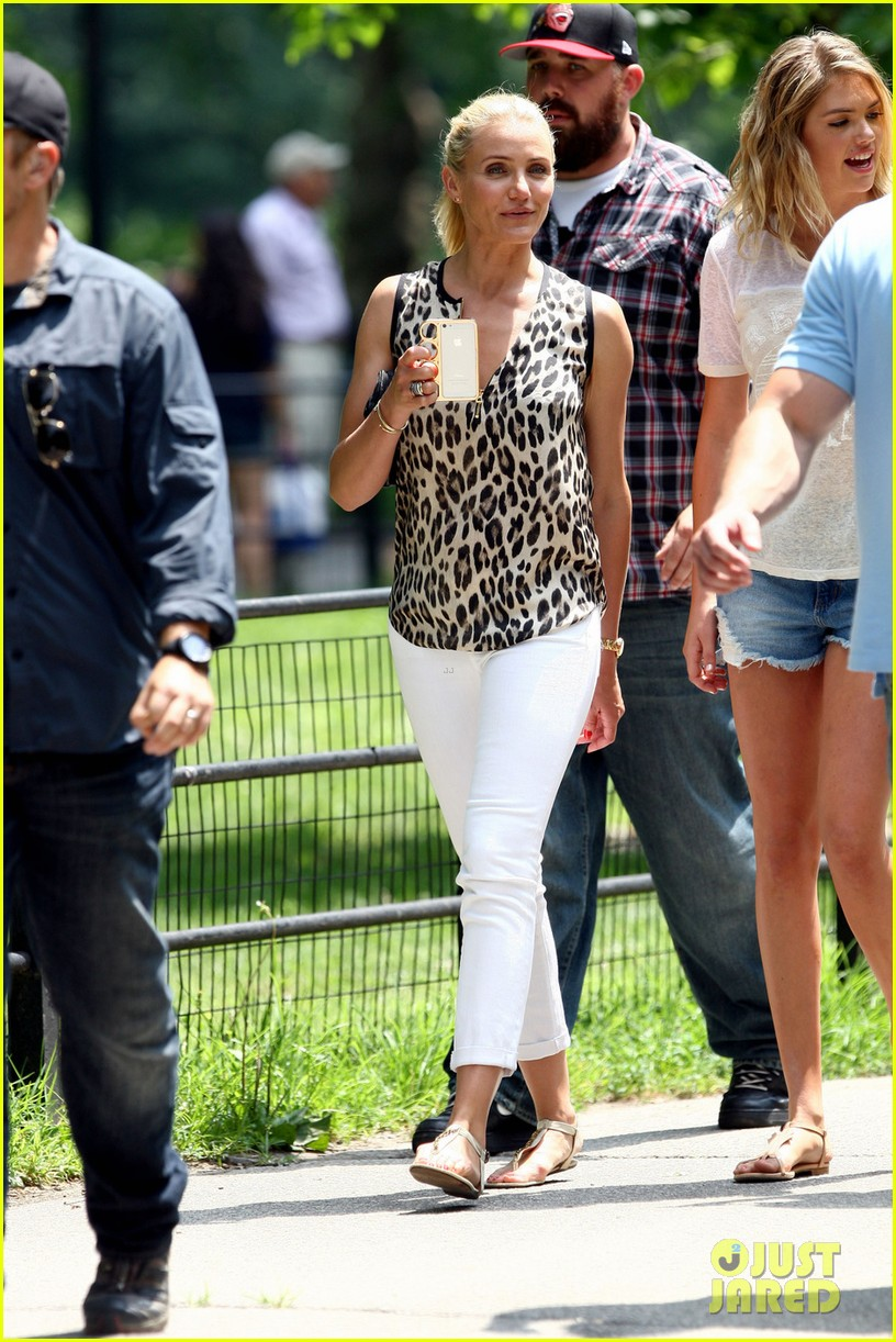 cameron diaz films other woman after annie news 05