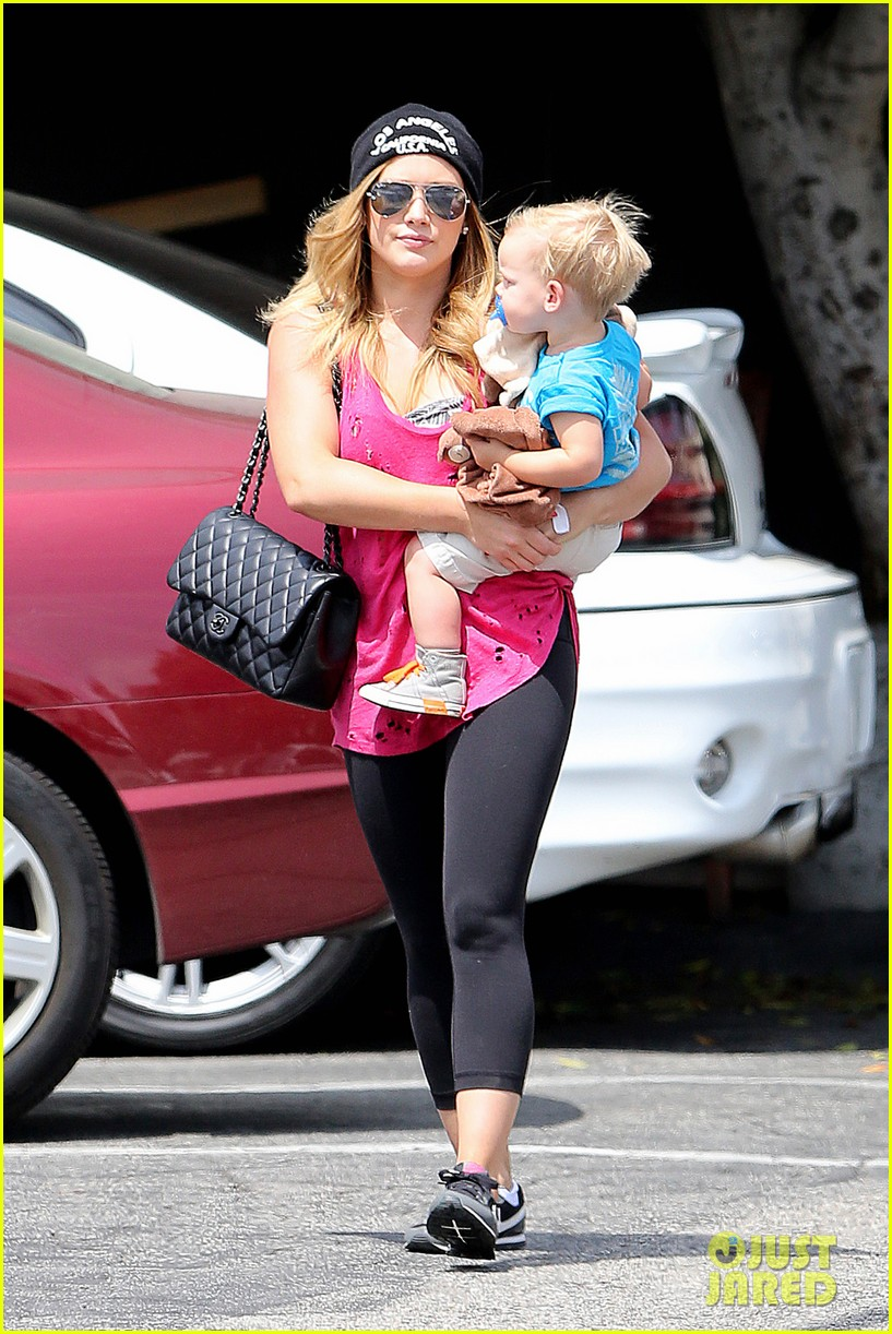 hilary duff luca is the sweetest boy i ever met 11