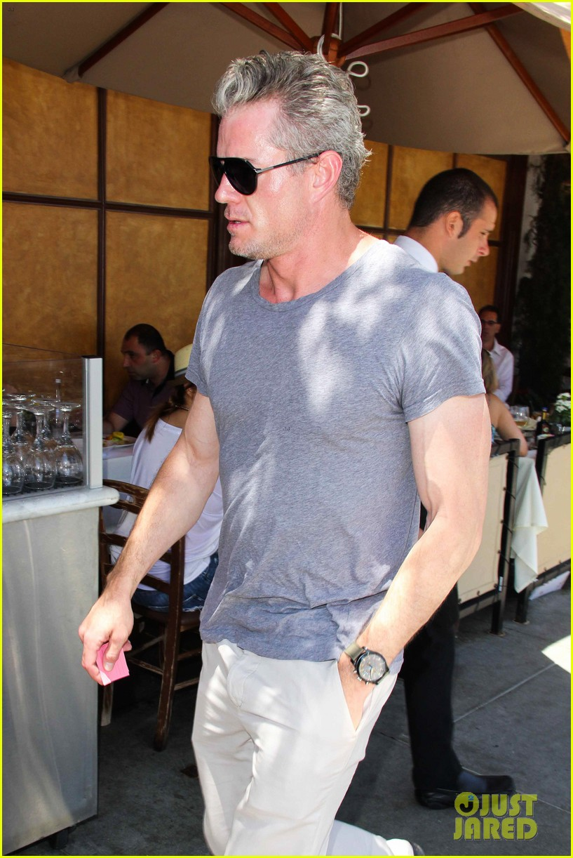eric dane rebecca gayheart spend sunday with the girls 09