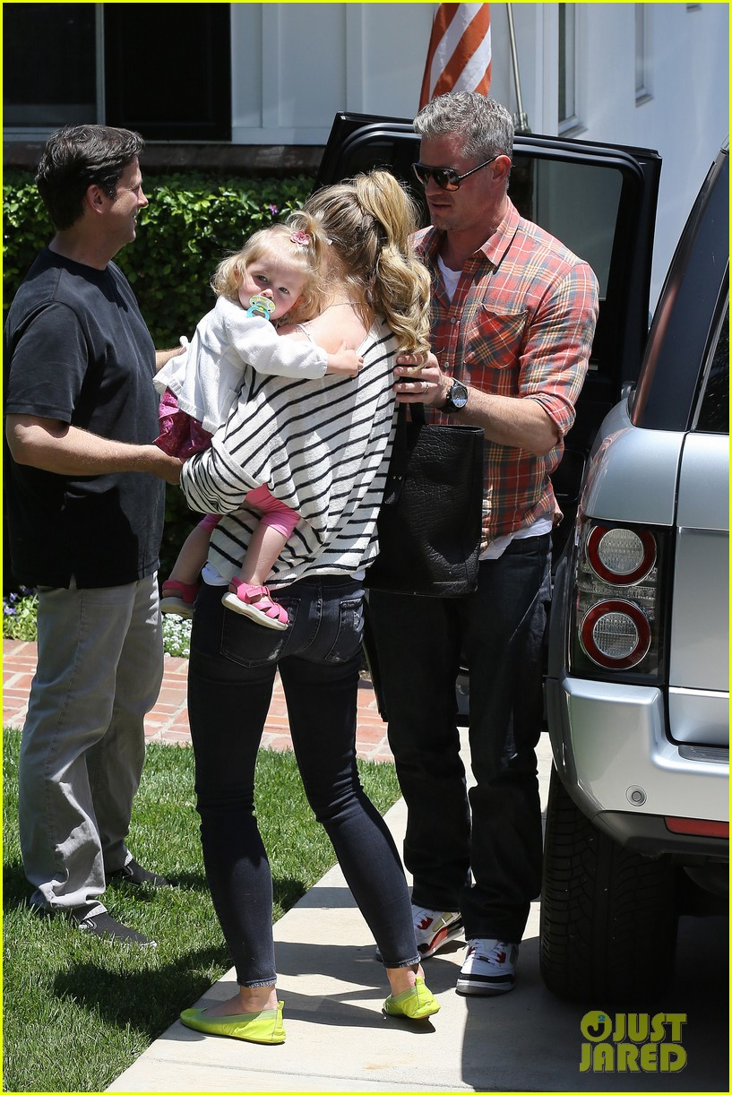eric dane rebecca gayheart spend sunday with the girls 22
